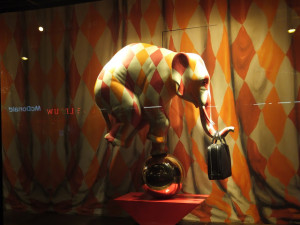 bijenkorf Louis Vuitton